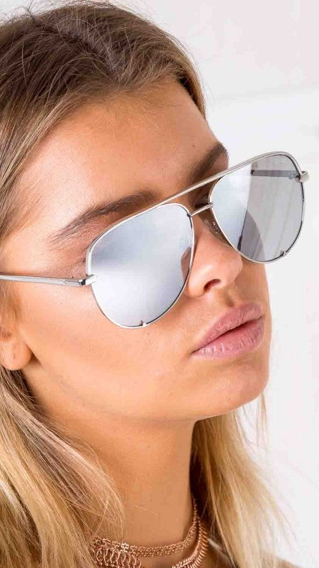 QUAY - HIGH KEY - SUNGLASSES - SILVER/SILVER