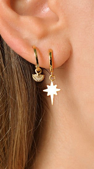 Priya Sleeper Earrings - Gold