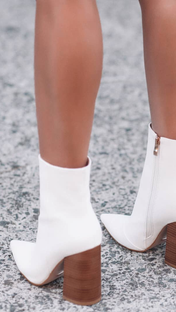 TIO Ankle Boots - White