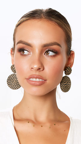 Motif Earrings - Natural/Black