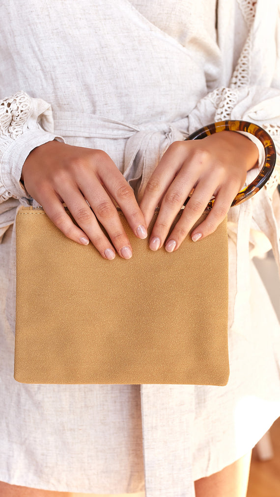 Resin Ring Vegan Suede Pouch - Must/Tort