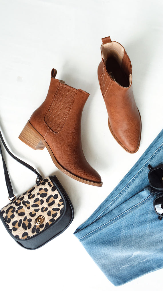Eamon Ankle Boots -Dark Tan Burnished