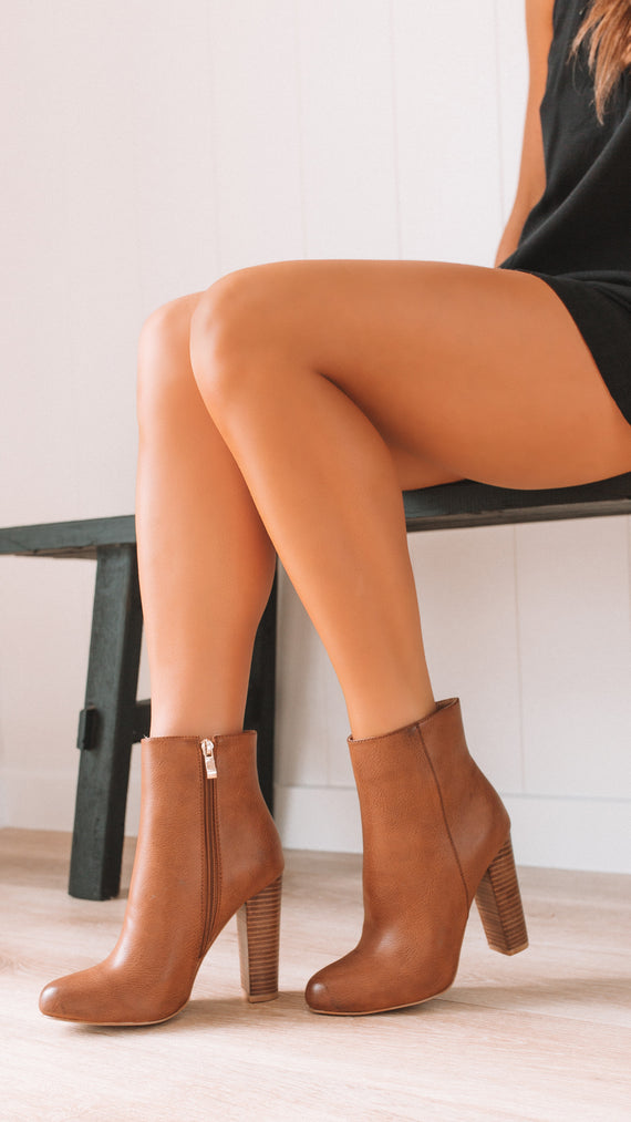 Lia Ankle Boots - Dark Tan Tumble