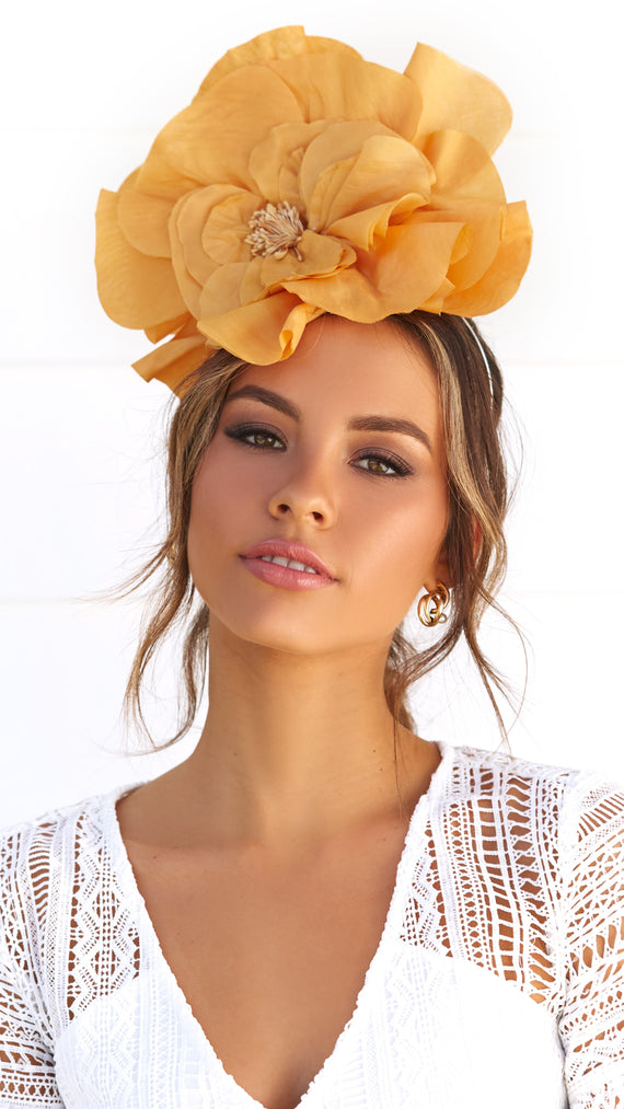 Cindy Fascinator - Yellow