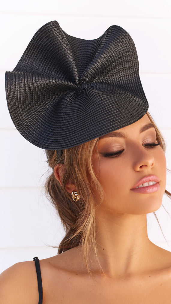 ZARIA FASCINATOR - Black