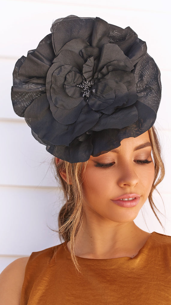 Cindy Fascinator - Black