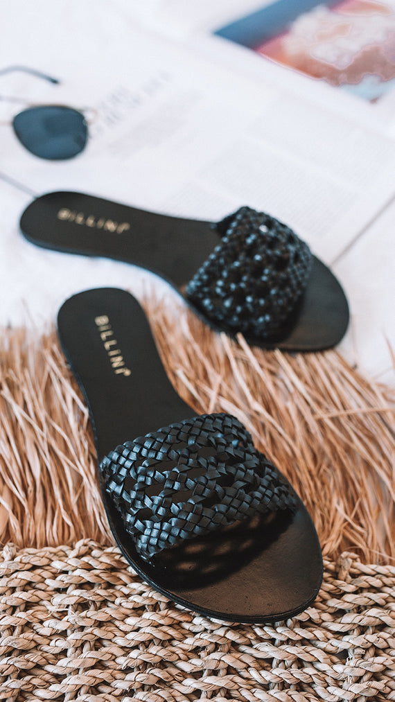 CAPRAIA Slides - Black