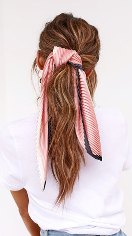 Pleated Head Scarf - Pink/Navy