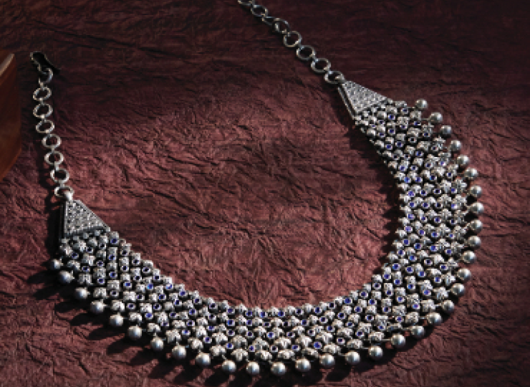 articles/sundari-silks-athirshtam-jewellery-a-silver-style-statement.png