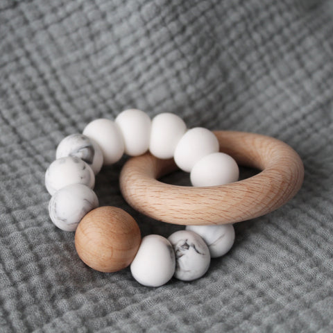 Foxx & Willow Infinity Ring Teether - Marble & White