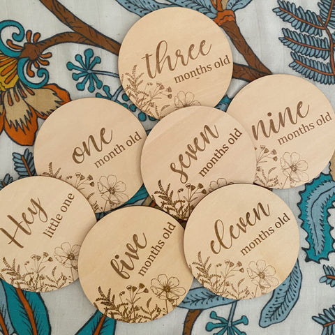 Foxx & Willow Milestone Wood Disc Set - Wildflower