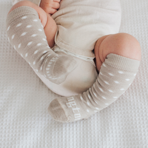 Lamington Newborn Naturals Merino Knee-High Socks - Truffle