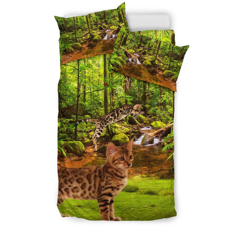 Bengal Cat In Jungle Print Bedding Set