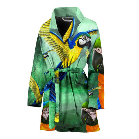 Blue And Yellow Macaw Parrot Print Women's Bath Rob