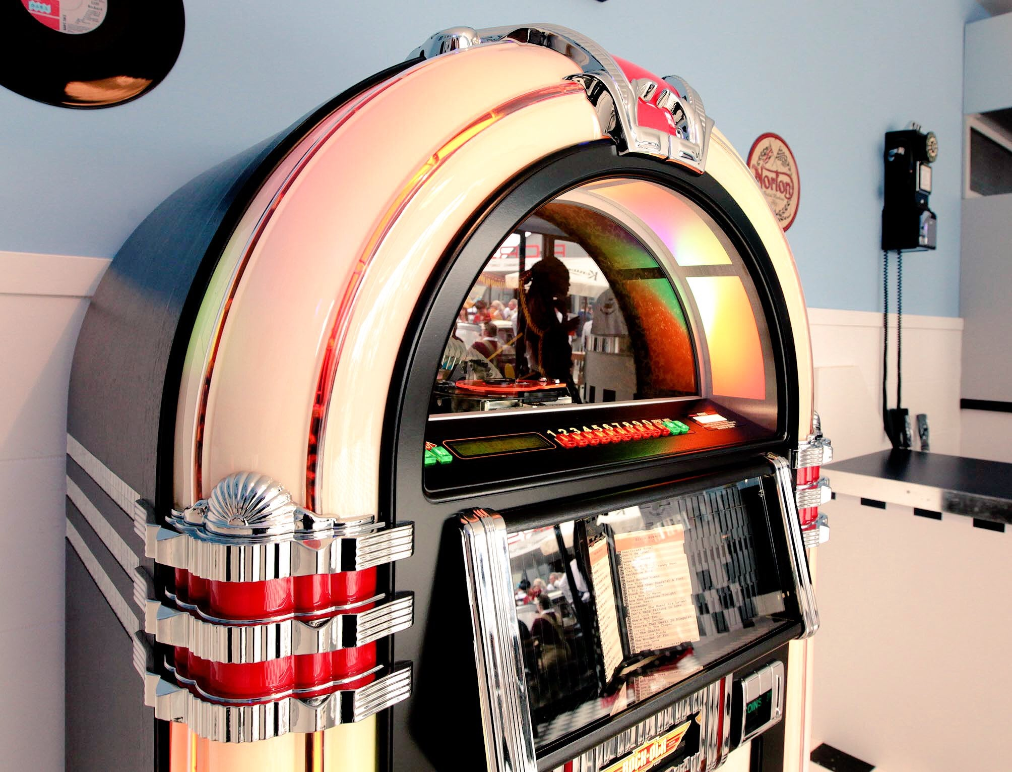 Why Rock-Ola Leads The World In Manufacturing Jukeboxes