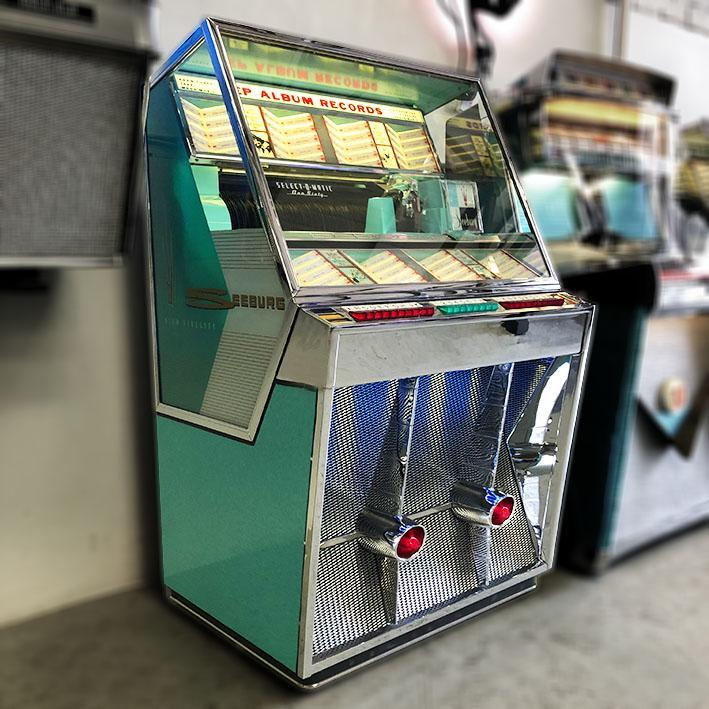 Seeburg 161 Vinyl Jukebox