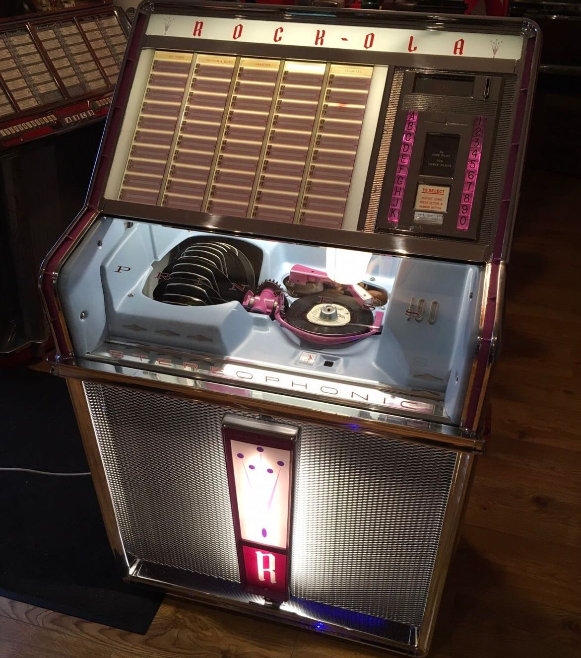 Rock-Ola Princess Vinyl Jukebox