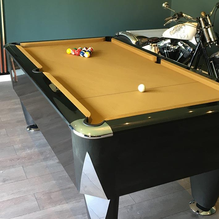 SAM Atlantic Champion English Pool Table (black)