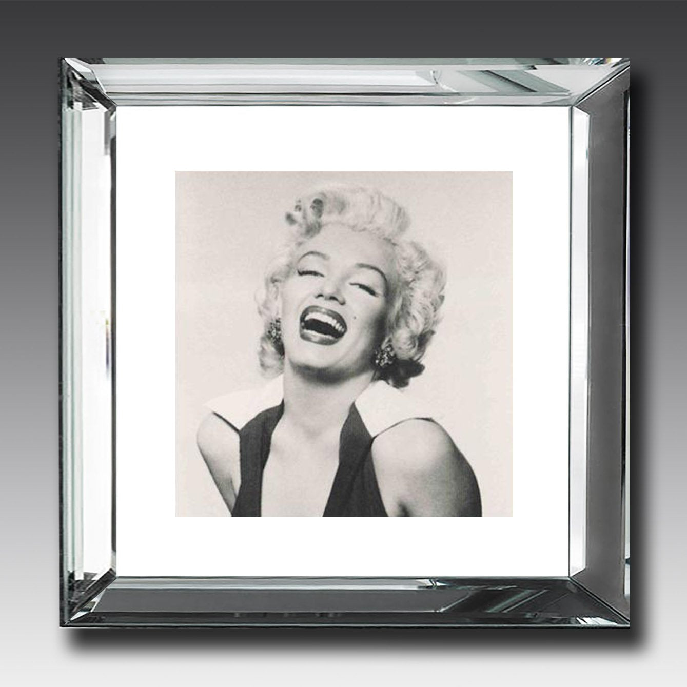 Marilyn Monroe laughing - Mirror-Frame Picture