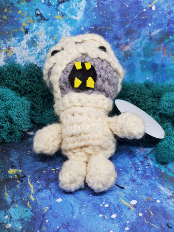 Knitted and Twisted: Monster Mini's
