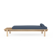 Title Daybed 02