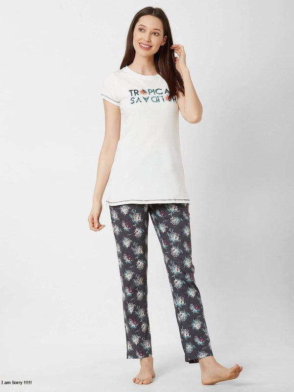 Carefree Holiday Pyjama Set