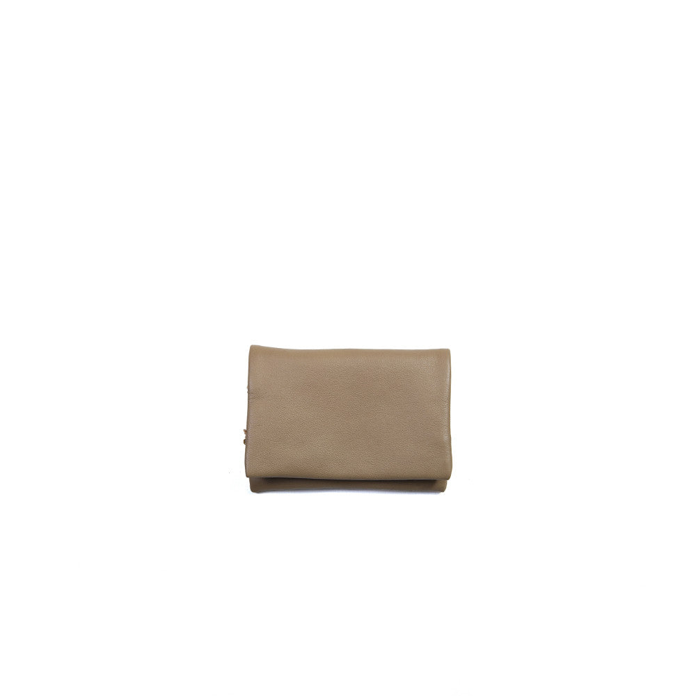 Deema Wallet in Mud