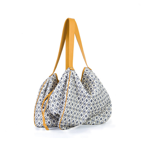 The Kalla Shopping Bag in Rhombus