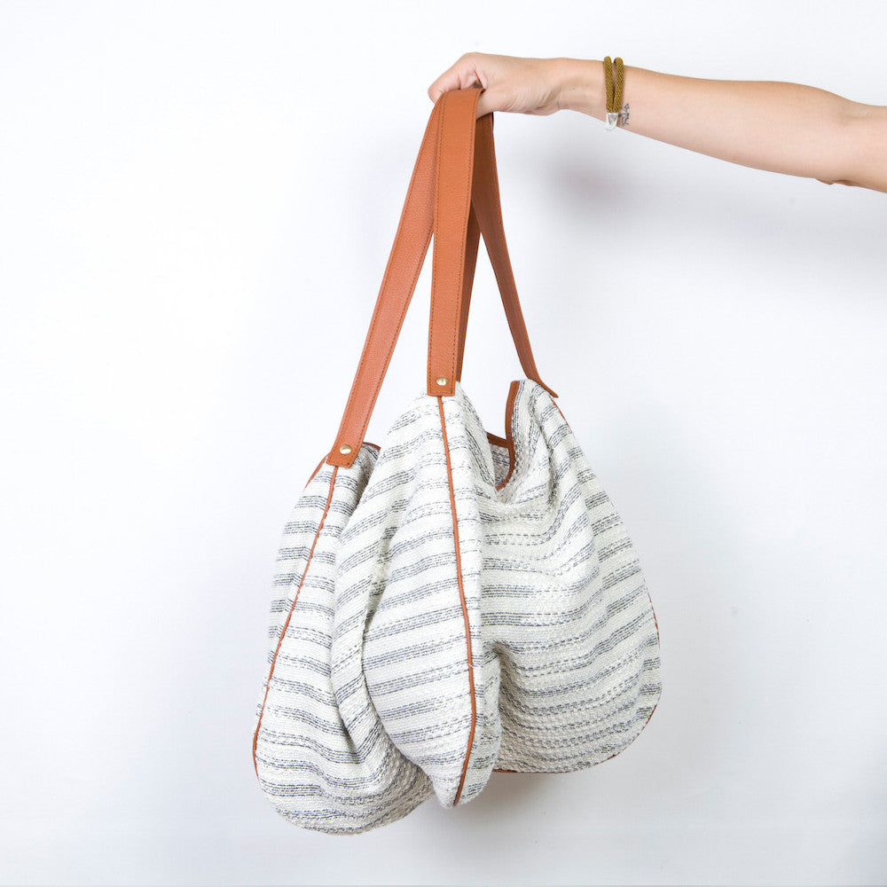 The Kalla Shopping Bag in Woven