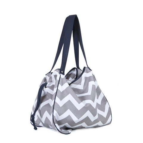 The Kalla Shopping Bag in Zig Zag