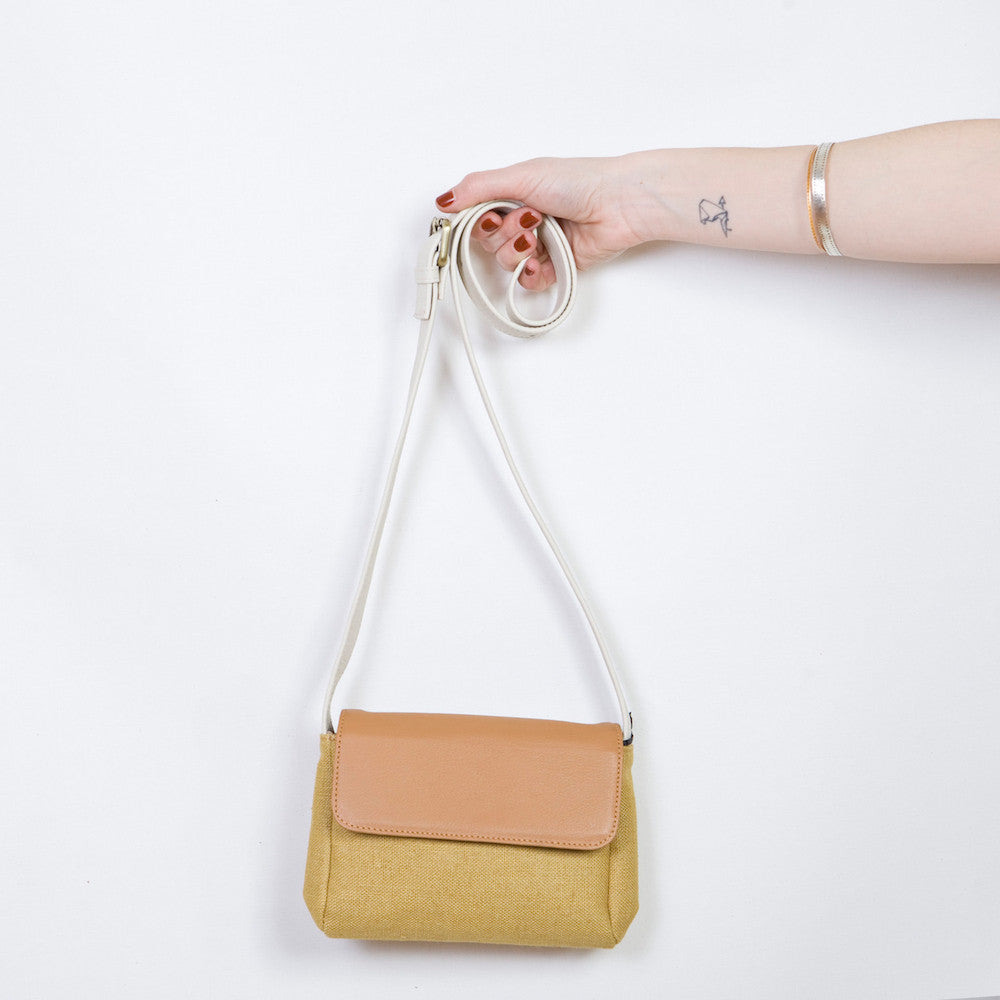 Eda Mini in Mustard Linen, Tabac & Cream