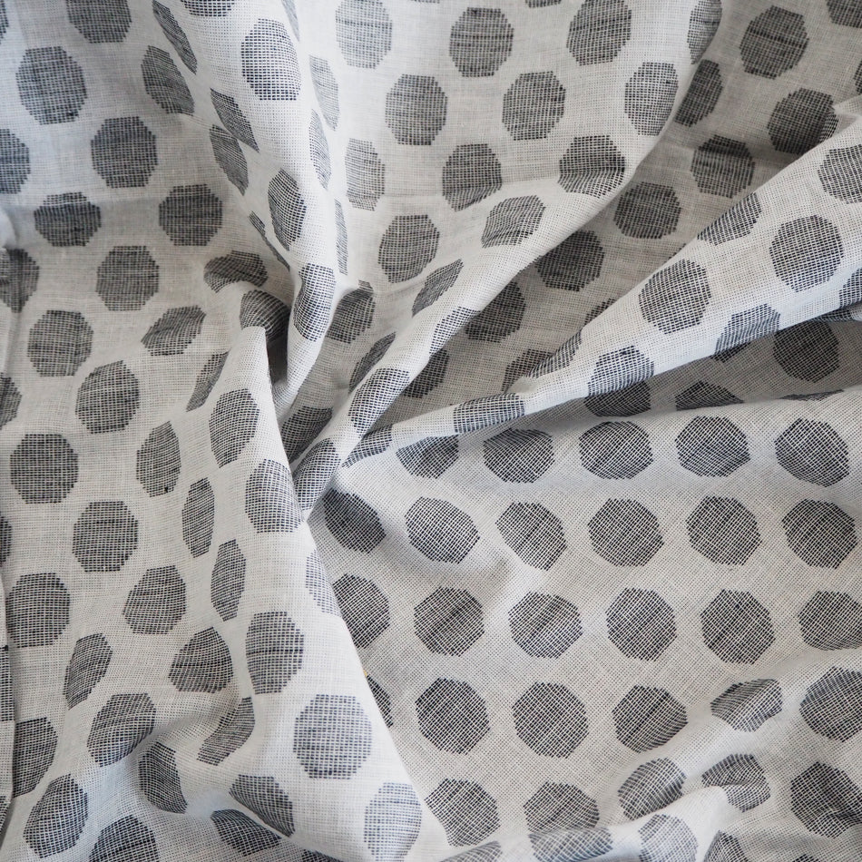 Pre-washed grey/white jacquard cotton fabric  - 3.5 metres