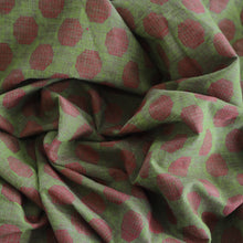 Load image into Gallery viewer, Pre-washed jacquard red/green cotton fabric