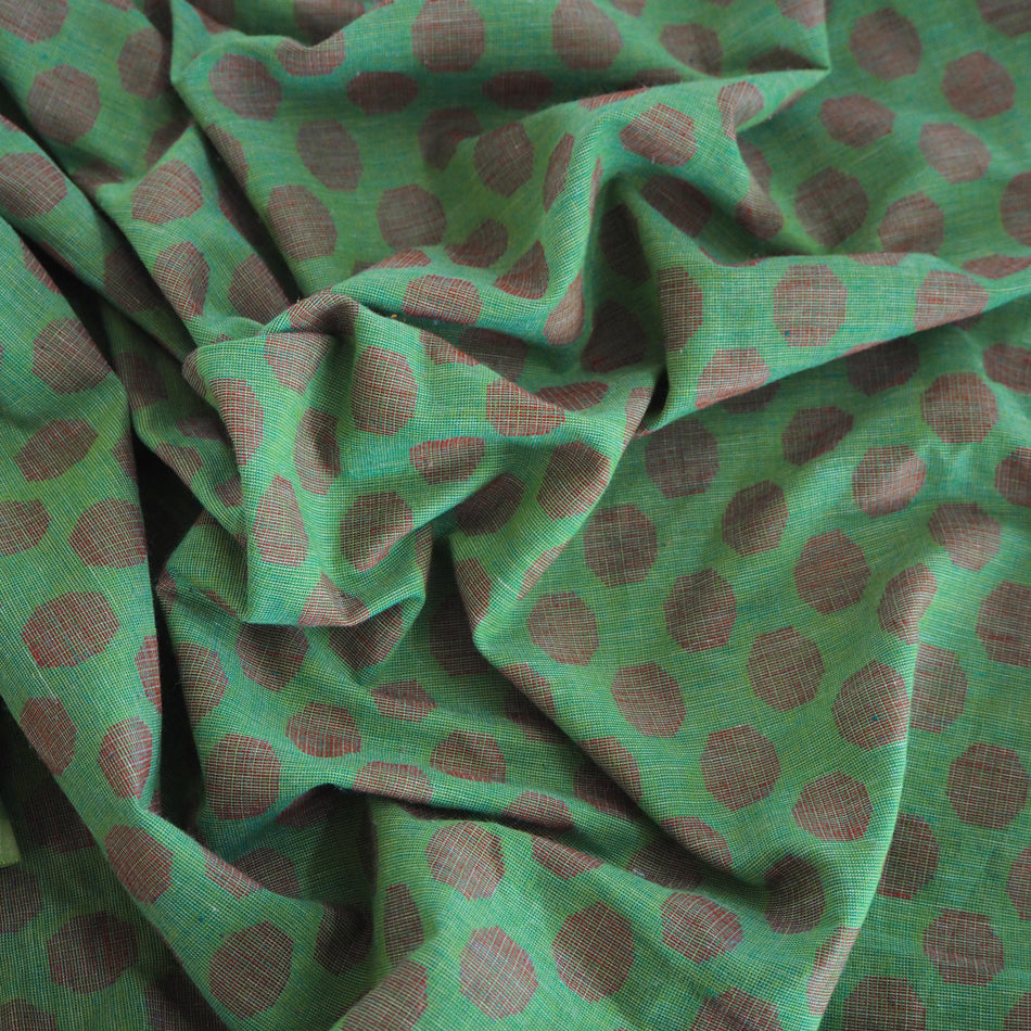 Pre-washed green/red jacquard cotton fabric - 2 metres