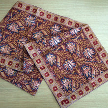 Load image into Gallery viewer, Hand printed table runner with natural dyes