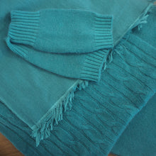 Load image into Gallery viewer, Double weave cashmere fair trade scarf from Nepal.