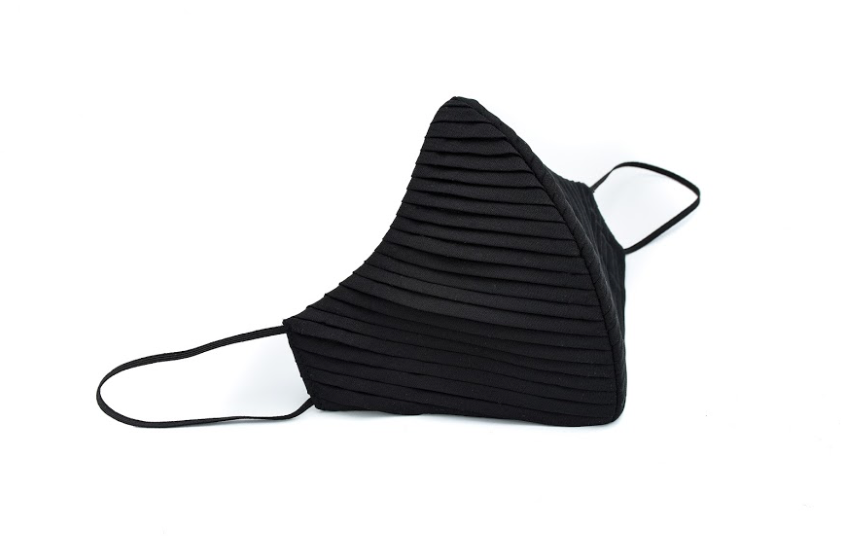 Black Polyester Side Pleated Cheeky Mask