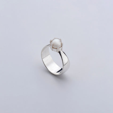 Fortune Pearl Ring