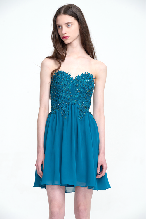 A-Line Strapless Short/Mini Sweetheart Chiffon Homecoming Dress With Beading