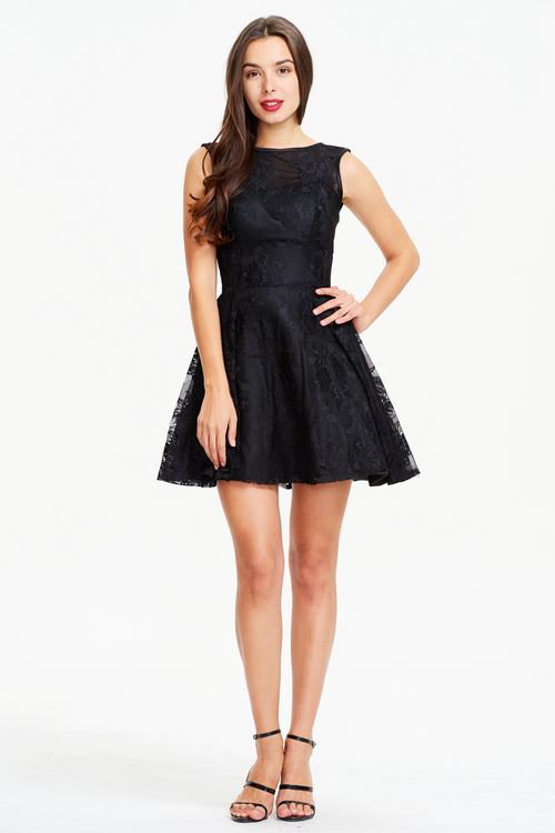 A-Line Scoop Neck V-back Mini/Short Lace Prom Dress
