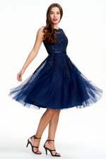 A-Line Scoop Neck Knee Length Tulle Prom Dress With Beading Flowers
