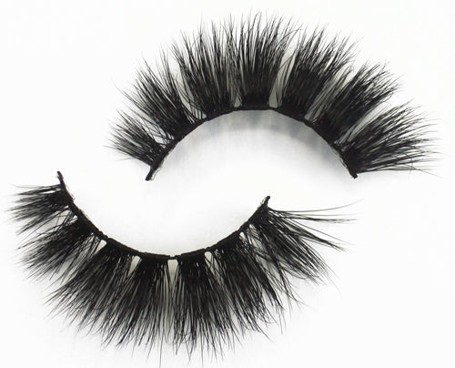 So Extra lashes are exactly what they claim to be - big, dramatic, wispy & triple layered. They are relatively short & dense. So Extra lashes are super curly & perfect for a cat or round eye effect.