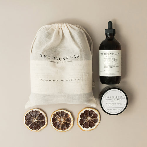 A natural grooming set for all skin and coat types