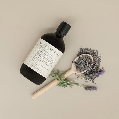 A calming natural dog shampoo for all skin and coat types