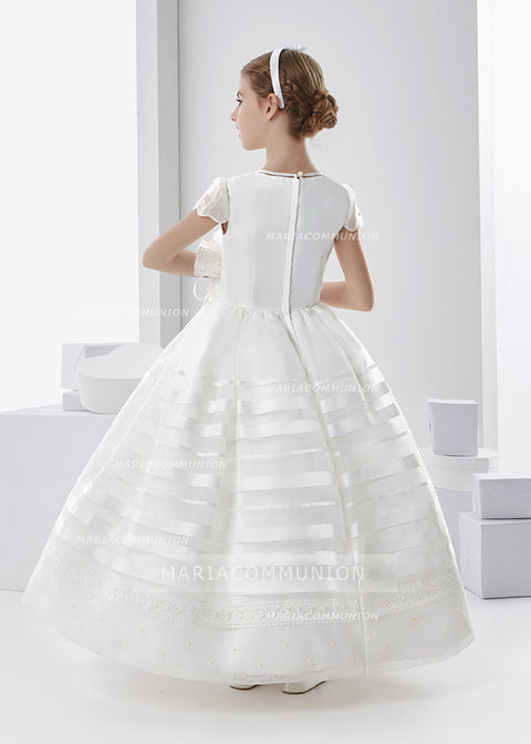 Scalloped Short Sleeve Ball Gown Organza First Communion Dress With Beading And Flower