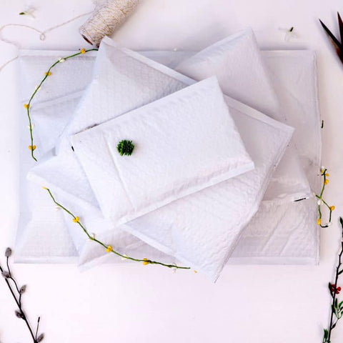 White 7x9 bubble mailer