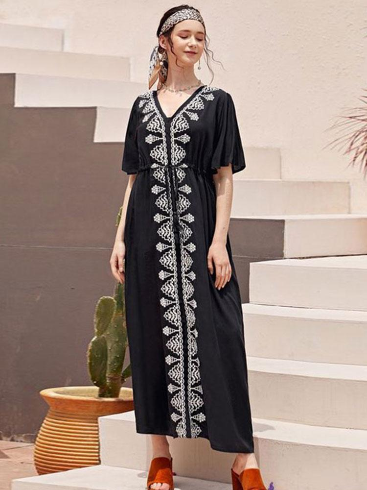 ELEGANT EMBROIDERED MAXI DRESS