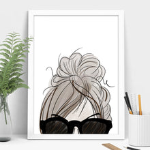 Load image into Gallery viewer, messy bun art
