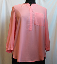 Load image into Gallery viewer, Women's 3/4 Sleeve Blouse                     S                                                 4/14A