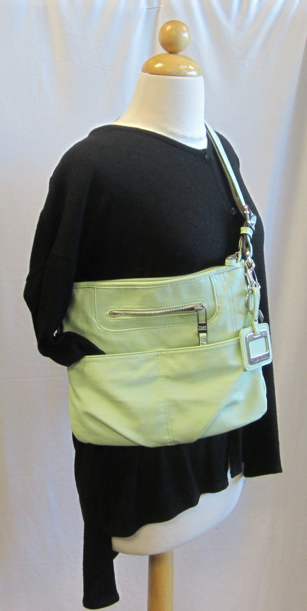 Purse         Lime Green                                                                    12/16Cab